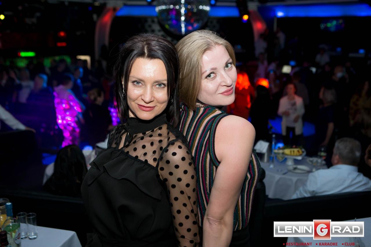 Ночные клубы проспект октября клуб москва студенты